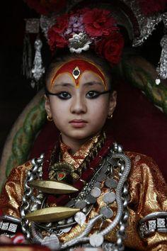 Kumari, Samita Bajracharya, Nepal, living goddess