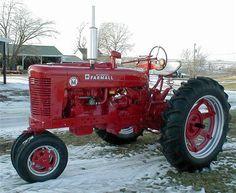 1953 Farmall Super M for sale Antique Tractors, Vintage Tractors, Vintage Farm, Vintage Trucks, Old John Deere Tractors, Farmall Tractors, Old Ford Trucks, Big Trucks, Pickup Trucks