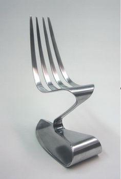 http://www.adcmeubelen.nl/wp-content/uploads/stoel-vork-concept-de-blik-vanger.jpg