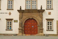 Renesanční portál na zámku v Ivančicích