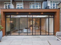 Extension Veranda, Rear Extension, House Extensions, Home Reno, Windows And Doors, Home Interior Design, Kitchen Remodel, Facade, Decoration