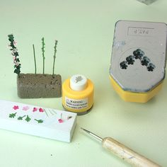 Making Detailed Miniature Plants for 1:48 Scale Dollhouses and Railroad Scenes: Make Quarter Scale Hollyhocks Using Paper Punches
