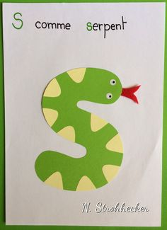 S comme serpent Preschool Letter Crafts, Alphabet Letter Crafts, Abc Crafts, Alphabet Book, Learning The Alphabet, Bee Activities, Alphabet Activities, Alfabeto Animal, Writing