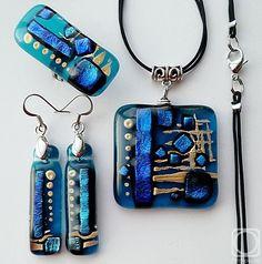 "Repina Elena. Jewelry set ""Ocean"" dichroic glass, fusing"