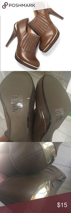 NWOB Avon Mark. Booties New - never worn - size 7 - they have some barely noticeable marks on them, they were there when I bought them (shown in picture) Avon Shoes Ankle Boots & Booties