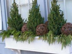 Weihnachten Winterbox Choosing The Right Garage Door A garage is home to your personal automobiles a Christmas Window Boxes, Winter Window Boxes, Christmas Urns, Christmas Planters, Fall Planters, Outdoor Christmas Decorations, Blue Christmas, Christmas Wreaths, Christmas Holidays
