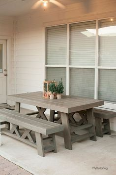 DIY Patio Table & Benches, wood patio table, wood benches, farmhouse table and benches, DIY farmhouse table Furniture Plans, Diy Furniture, Garden Furniture, Furniture Projects, Rustic Wood Furniture, Diy Outdoor Furniture, Furniture Dolly, Furniture Covers, Furniture Design