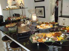 ALACARTE CATERING's Chef Rhonda always keeps a watchful eye on the food to make sure everything is perfect!  #food #wedding #atlanta wedding #atlantacatering #weddingideas #foodideas #entertaining #cateringdisplay #cateringideas