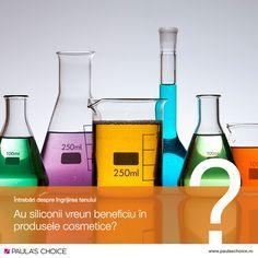 Au siliconii vreun beneficiu în produsele cosmetice? Am fost adesea întrebați acest lucru și am decis să facem lumină în această privință, întrucât există multe informații incorecte în ceea ce privește siliconii. Multe produse de îngrijire, inclusiv produsele Paula's Choice, folosesc siliconi (precum cyclopentasiloxane), întrucât reprezintă un grup de ingrediente cu o textură ușoară, catifelată și care au capacitatea de a proteja și vindeca pielea.