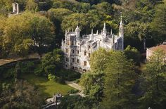 Quinta da Regaleira ... piece of art in the middle of nature #Portugal