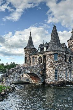 Power House of Boldt Castle in Thousand Islands New York, USA (yes, a castle in the USA).  Click through to see 20 of the most BEAUTIFUL fairy tale castles in the world!