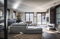 Moderne woonkamer met luxe hoekbank
