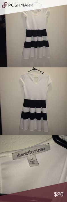 ❗️Clearance❗️Black and white dress Perfect condition | Wore once Charlotte Russe Dresses Midi