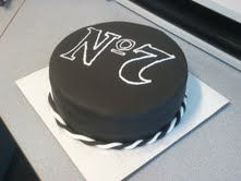 jack daniels 7 logo.. an acceptable birthday cake for me ;) ...or a male friend.
