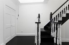 Icon Apartment- Lobby