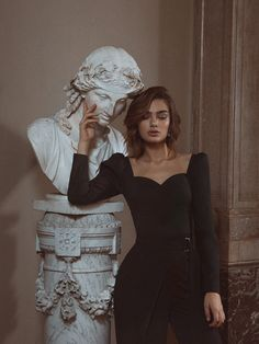 Discover recipes, home ideas, style inspiration and other ideas to try. Classy Aesthetic, Aesthetic Girl, Mode Outfits, Fashion Outfits, Fashion Belts, Fashion Rings, Stylish Outfits, Fashion Ideas, Photography Poses