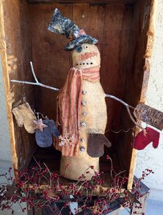 Primitive Snowman with Winter Garland by StrictlyPrimitive