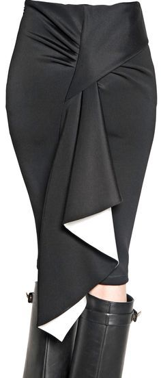 Pencil skirt with great CB detail drape