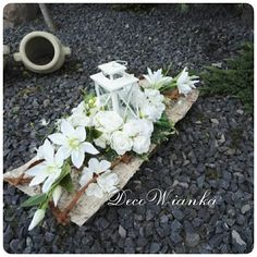 Grave Decorations, Table Decorations, How To Preserve Flowers, In Loving Memory, Funeral, Flower Arrangements, Diy And Crafts, Plants, Gardens
