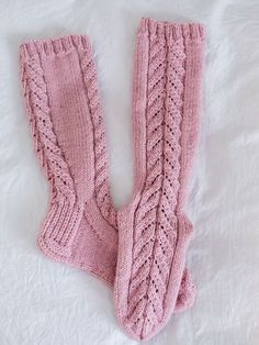 Diy Projects To Try, Leg Warmers, Fingerless Gloves, Mittens, Hand Knitting, Knit Crochet, Socks, Positivity, Crocheting