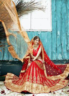 Ethnic wear Lehenga Wedding Indian Bridal Choli Bollywood Pakistani Traditional…