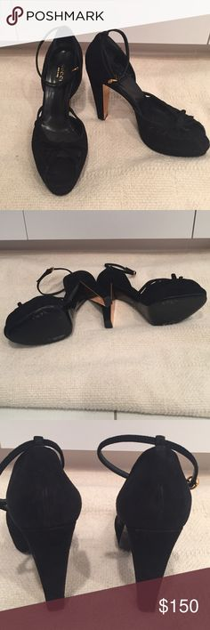 """Authentic GUCCI blk suede shoe's - size 6 1/2 GUCCI - made in Italy - size 6 1/2                                   Beautiful blk suede, w/thin ankle straps (very sexy) open toe, w/bow tie on top.  Copper tone buckles on ankle straps & on back inside of heels.  Platform ranges 1"""" - 1/2"""" on front & heels measure 4 1/2"""" high.      Only wore once!  Soles show a little wear & back of heals show minor scuff marks.      Beautiful shoes, great for the holidays & parties! GUCCI Shoes Heels"""