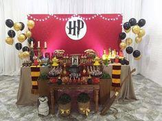New Ideas diy dco birthday harry potter Gateau Harry Potter, Harry Potter Candy, Harry Potter Fiesta, Décoration Harry Potter, Harry Potter Halloween, Birthday Harry Potter, Harry Potter Baby Shower, Harry Potter Adult Party, Imprimibles Harry Potter