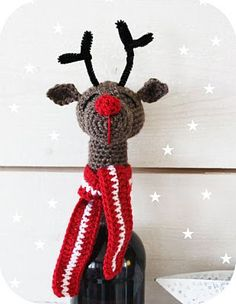 Nice idea to give away a bottle of wine - free pattern in swedish