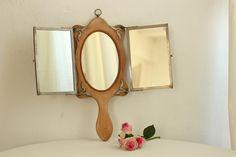 Vintage triptych hand mirror - Buscar con Google