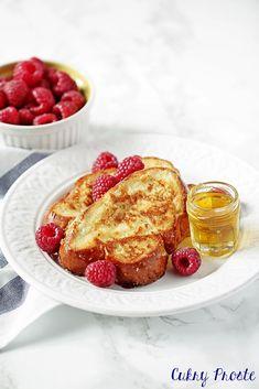 tosty francuskie, tosty francuskie z chałki, tosty francuskie na słodko Polish Recipes, French Toast, Meals, Breakfast, Cake, Food, Breakfast Cafe, Pie Cake, Pie