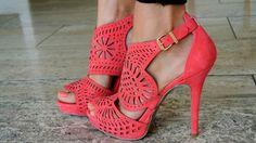 STREET STYLE 2013 - Fashion Inspiration - Fashion Blogger  http://www.scentofobsession.com/2013/07/street-style-2013-fashion-inspiration.html