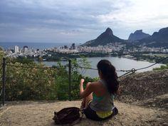 Reuni vinte e um programas imperdíveis para quem vem de fora e quer saber o que fazer no Rio e também para quem mora aqui e ama essa cidade. Tem sugestões para todos os gostos, bolsos, idades... Vem comigo e encontre o Rio que é a sua cara!