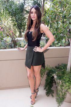 "meganfoxisgorgeous: ""Megan Fox great legs in a short skirt and high heels "" Megan Fox Sexy, Style Megan Fox, Megan Fox Fotos, Megan Denise Fox, Beautiful Legs, Gorgeous Women, Megan Fox Pictures, Looks Pinterest, Sexy Legs"