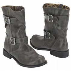 gray suede combat ankle boots...jus got me some of theeeeeese!