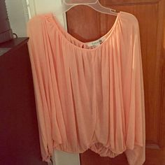 PRICE REDUCED 16%‼️ Forever 21 Blouse NWOT Forever 21 Blouse | 100% polyester | peach color | size small | open slit in the back | flowy | NWOT | NEVER WORN!! PRICE IS FIRM! will sell cheaper on Merc@ri Forever 21 Tops Blouses