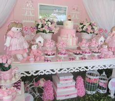 Festa Provençal - Site Oficial: Bonecas no Jardim da Carolina!