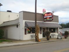 Nicol's on Putnam Ave. My daughters and I went here while we were home. My Grandpa used to ask me to go across the alley to Nicols and get him a strawberry ice cream cone. He so loved strawberry and loved Nicols ice cream. I love this Restaurant and the food is just great 50's style.