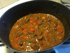 Bouillabaissea ja Kalasoppaa: Burgundinpata Slow Food, Chili, Soup, Beef, Meat, Chile, Soups, Chilis, Steak