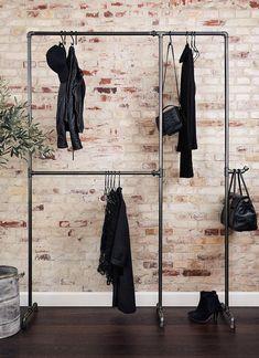 die besten 25 rustikaler mantel ideen auf pinterest rustikale kaminumrandungen bauernhaus. Black Bedroom Furniture Sets. Home Design Ideas