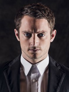 Elijah Wood para MINE magazine 4