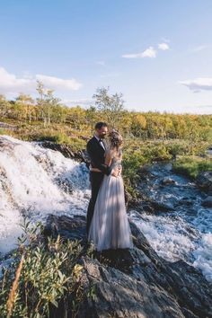 Ever dream of an elopment in a beautiful, far-away land? Look no further than magical Lapland, Finland. Check out these tips on how to have a adventurous photoshoot in Lapland. #finlandwedding #travellapland Amazing Photography, Photography Tips, Landscape Photography, Beauty Secrets, Beauty Tips, Nordic Wedding, Nordic Fashion, Lapland Finland, Nordic Style