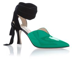 Attico Olivia Vinyl And Velvet Pump (5.895 ARS) ❤ liked on Polyvore featuring shoes, pumps, green, sandals, green pumps, green velvet shoes, vinyl shoes, velvet pumps and velvet shoes