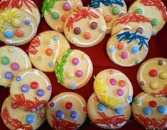 Circus clown - Home Page Clown Party, Pumpkin Spice Cupcakes, Mini Cupcakes, Karneval Snacks, Carnival Decorations, Carnival Birthday Parties, Snacks Für Party, Bear Cakes, Holiday Cocktails
