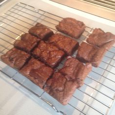 My attempt at Pretty and Polished's slimming world brownies! Soo tasty!! I didnt do the frosting and split the cake into 12 pieces so still counting half a syn! Check out her recipe on: http://www.prettyandpolished.co.uk/2013/01/slimming-world-brownies.html?m=1