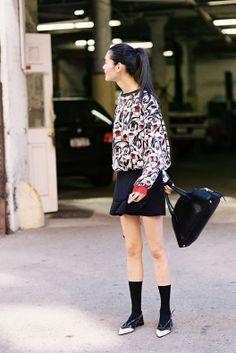 Dog printed sweater + black mini skirt and handbag + black socks with pointed black and white pumps