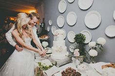 Soundtrack To I Do - Cake Cutting Songs for your #wedding #music
