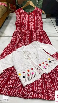 Simple Kurta Designs, Kurti Neck Designs, Kurta Designs Women, Kurti Designs Party Wear, Blouse Designs, Girls Frock Design, Fancy Dress Design, Stylish Dress Designs, Frock Fashion