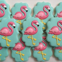 "87 Likes, 5 Comments - Christina Ramsey (@luxe.cookie) on Instagram: ""Flamingo cookies for a getaway in Palm Springs #flamingocookies #sugarcookies #yummy #foodie…"""