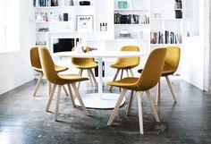 // EJ 2 Eyes Wood Chairs. Erik Jørgensen