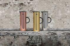 EM77 Thermoskanne von Stelton, Design Erik Magnussen in Kupfer und Gold aus der Hot Metal Serie #thermoskanne #stelton #erikmagnussen